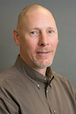 Headshot of Andrew Kollmer