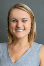 Headshot of Caitlin Burns